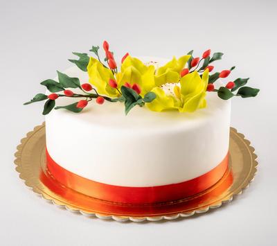 Tort pentru aniversare cu flori