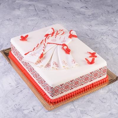 Tort cu rochita in stil national