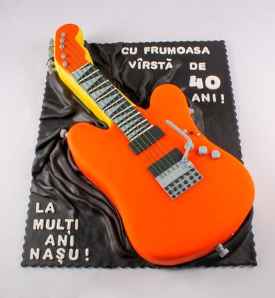 Tort cu chitară