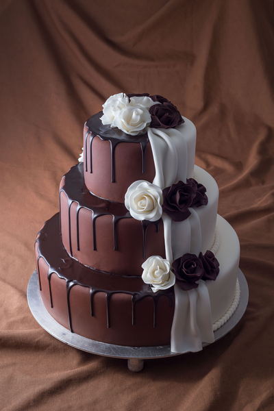 Tort de nunta drip