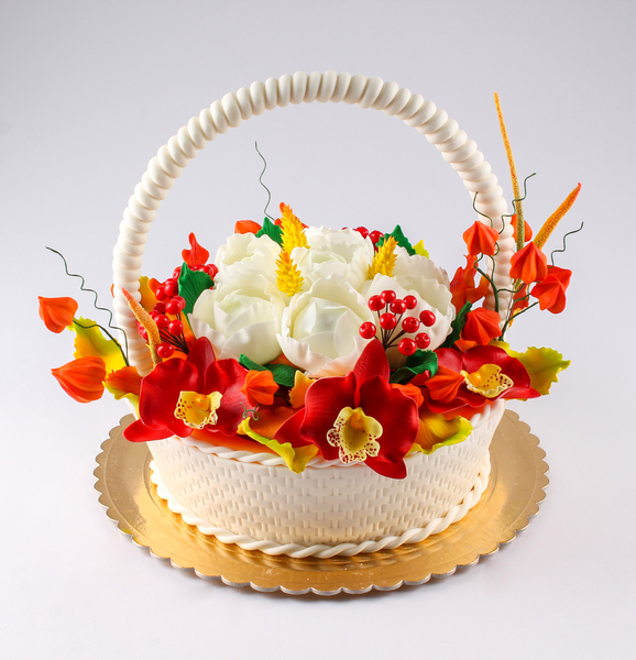 Tort Coș cu flori